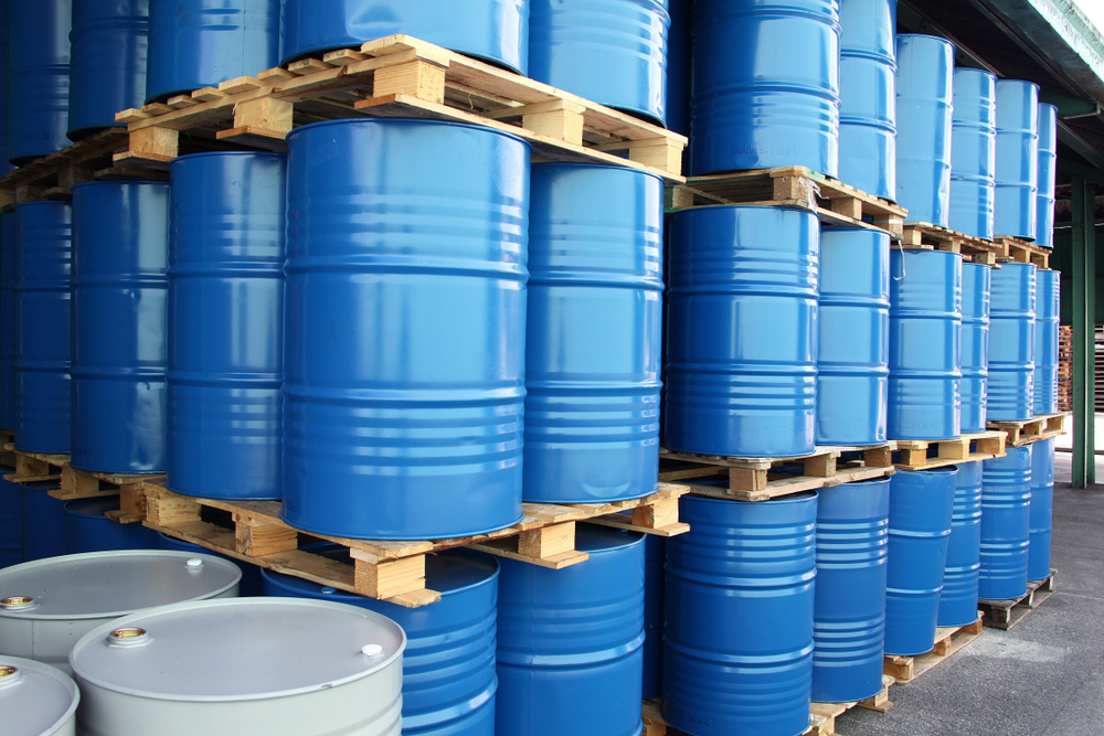 Many,Drums,For,Chemical,Liquids